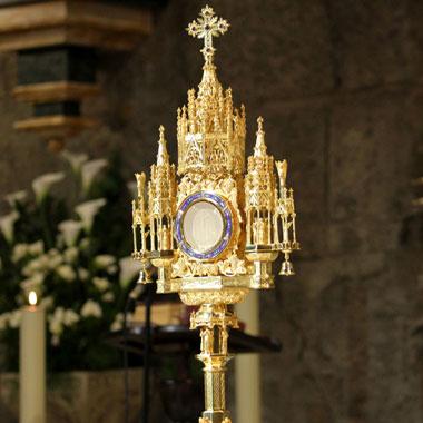 Avviso Adorazione Eucaristica